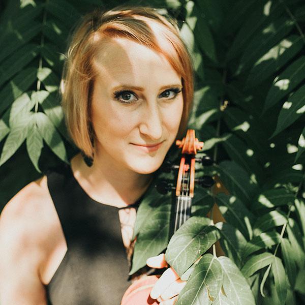Sarah violinist 1
