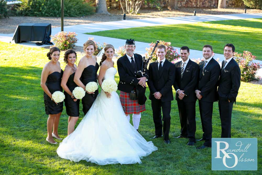 Bagpiper with bride